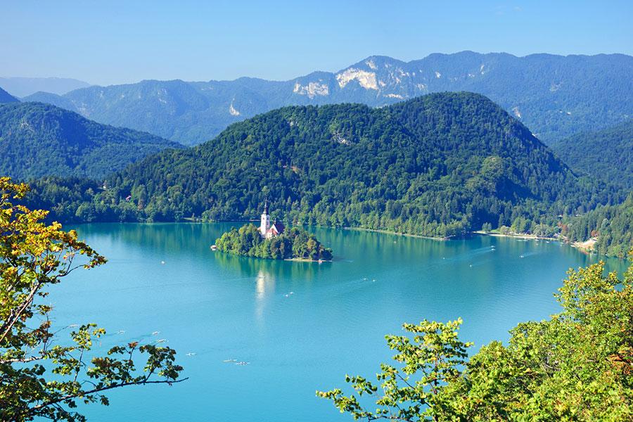 אגם בלד בסלובניה, מפנינות התיירות של אירופה