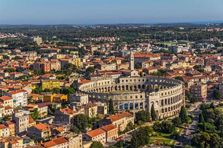 האמפיתאטרון הרומי בפולה - אתר מורשת עולמי
